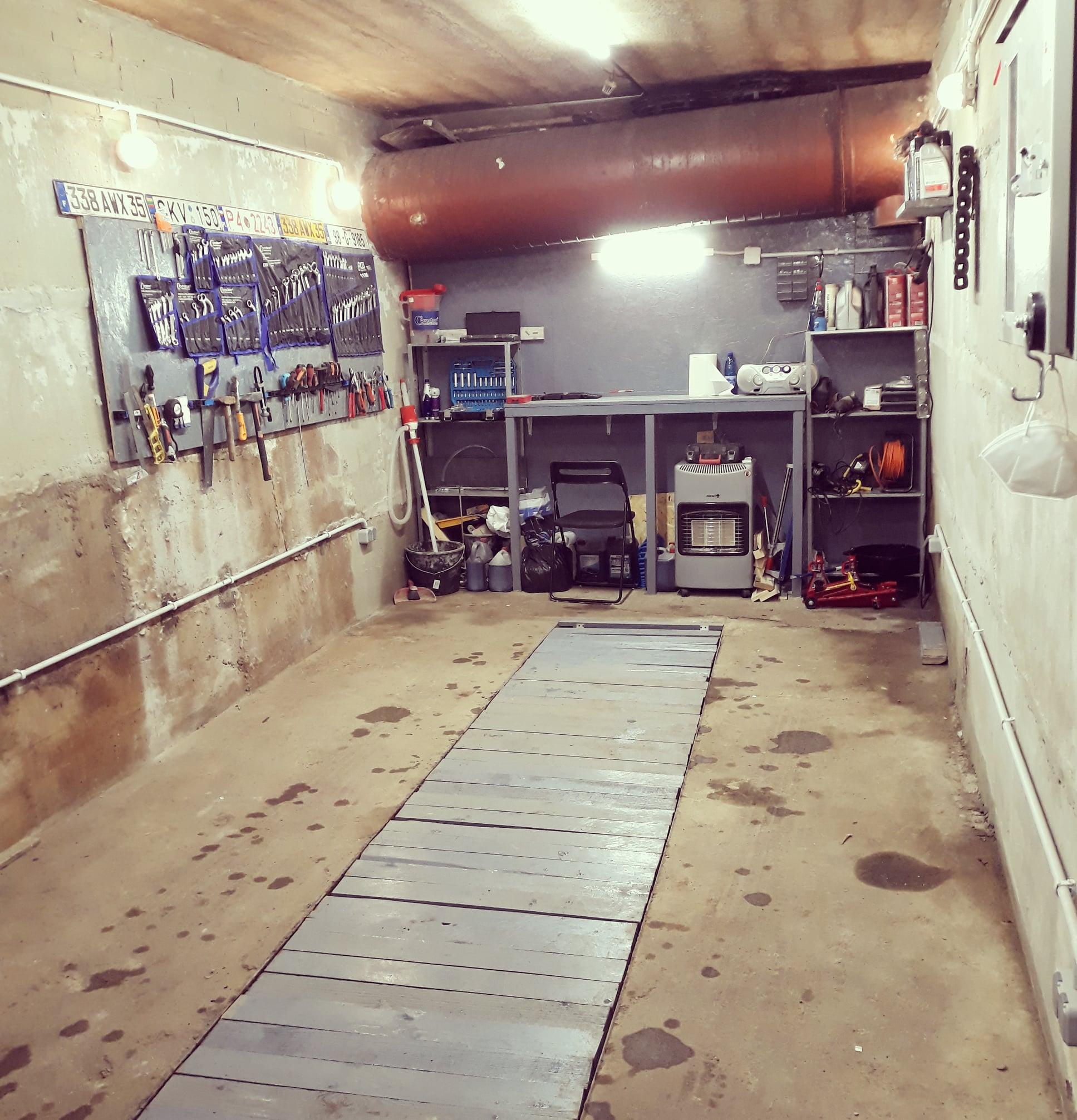 Trumpalaikė garažo nuoma su įrankiais